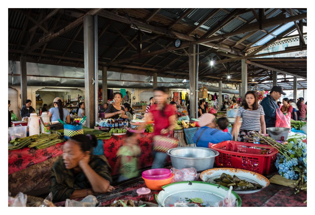 Bali markets slow shutter speed technique