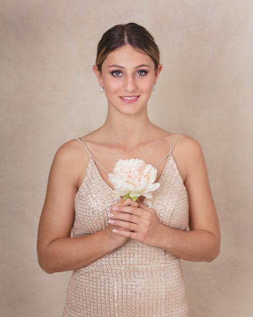 Michelle McKoy Portrait photo shoot with teen model Laura